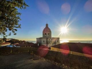Walking Tour Alfama – Mouraria – Graça - Mirante Panteão Nacional